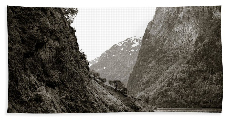 Norway Bath Towel featuring the photograph Fjord Beauty by Dave Bowman