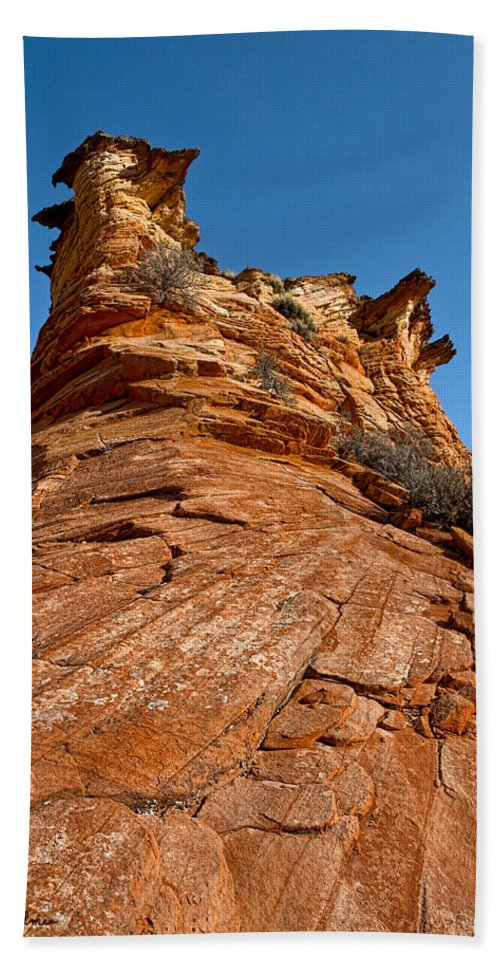 Canyon Hand Towel featuring the photograph Flat Top by Christopher Holmes