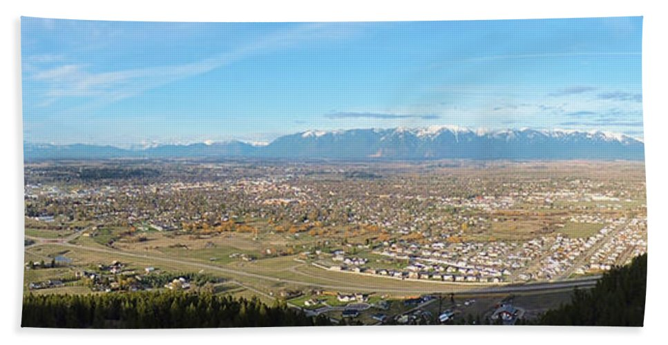 Mountains Hand Towel featuring the photograph Flathead Valley by Eric Fellegy