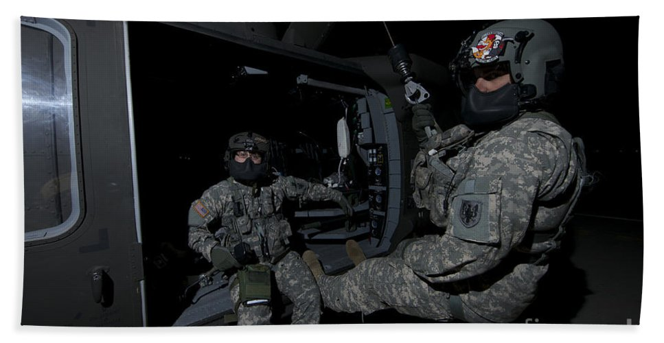 Exercise Angel Thunder Bath Sheet featuring the photograph Flight Medics Practice With The Uh-60 by Terry Moore
