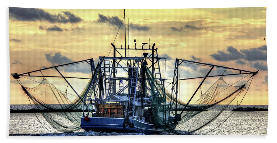Shrimp Boat Hand Towel featuring the photograph Float Like A Butterfly by Bo Lamey