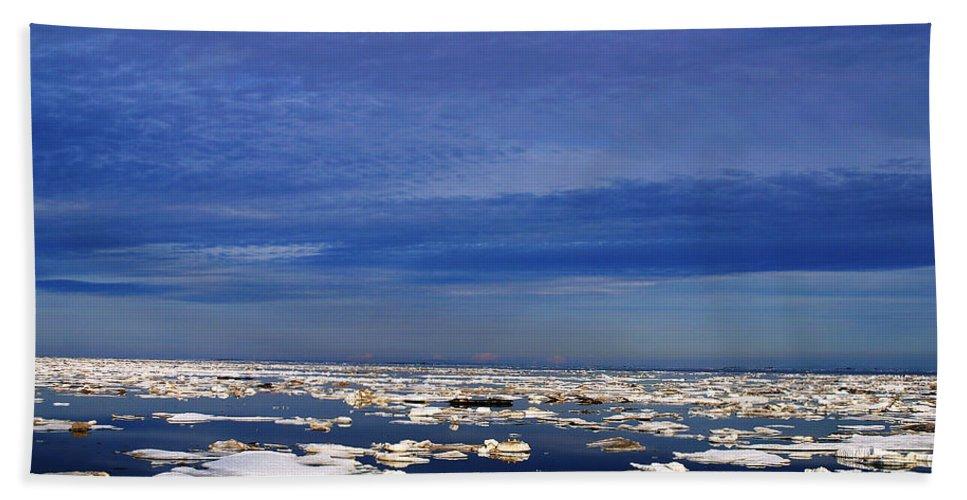 Alaska Hand Towel featuring the digital art Floating Ice by Anthony Jones