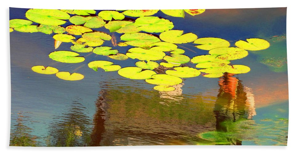 Water Hand Towel featuring the photograph Floating Lily Pond by Sybil Staples