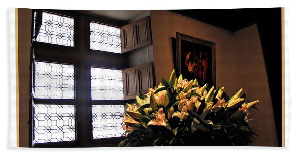 Chateau Hand Towel featuring the photograph Floral At Chenonceau by Joan Minchak