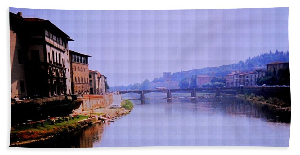 Florence Bath Towel featuring the photograph Florence by Ian MacDonald