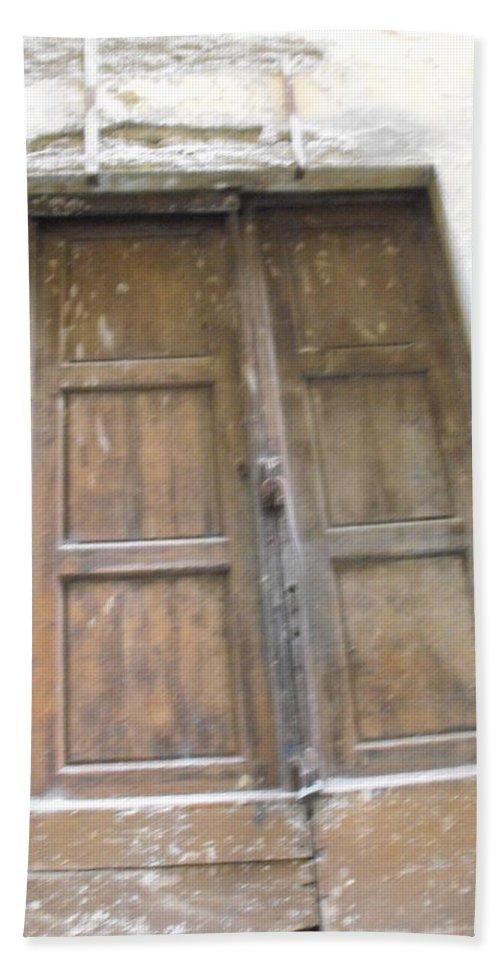 Florentine Door Hand Towel featuring the photograph Florentine Door 4 by Ginger Repke