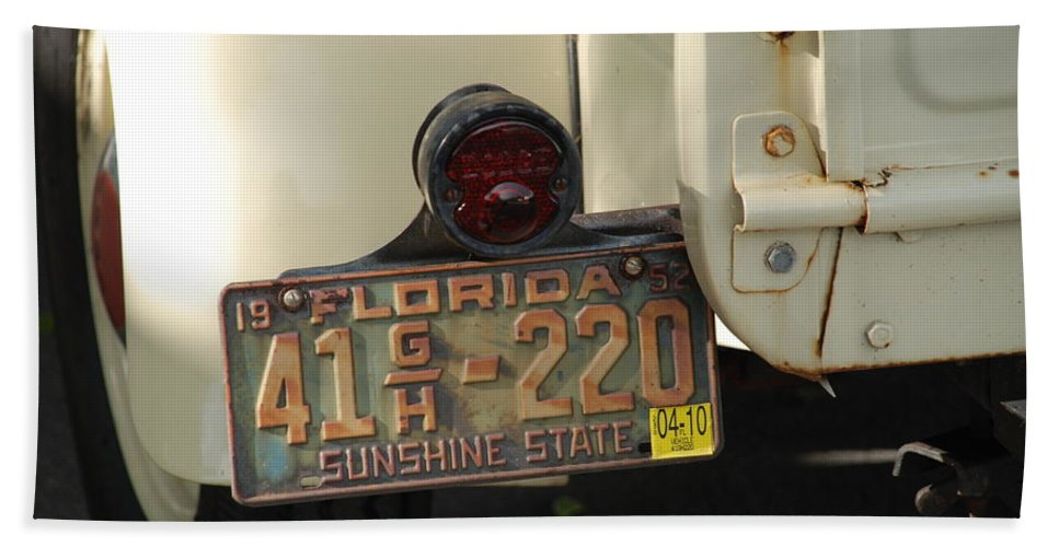 Truck Hand Towel featuring the photograph Florida Dodge by Rob Hans