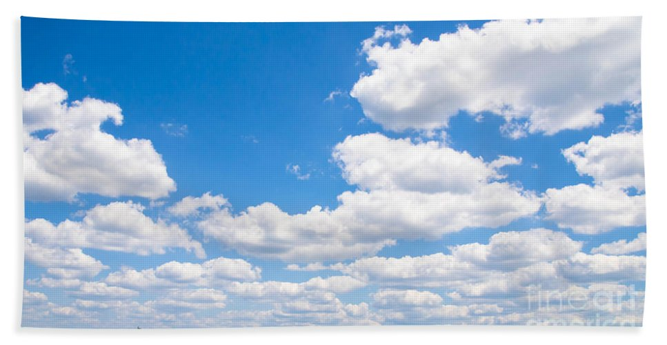 Reflaction Bath Sheet featuring the photograph Florida Sky - Tallahassee, Florida by Andrea Anderegg