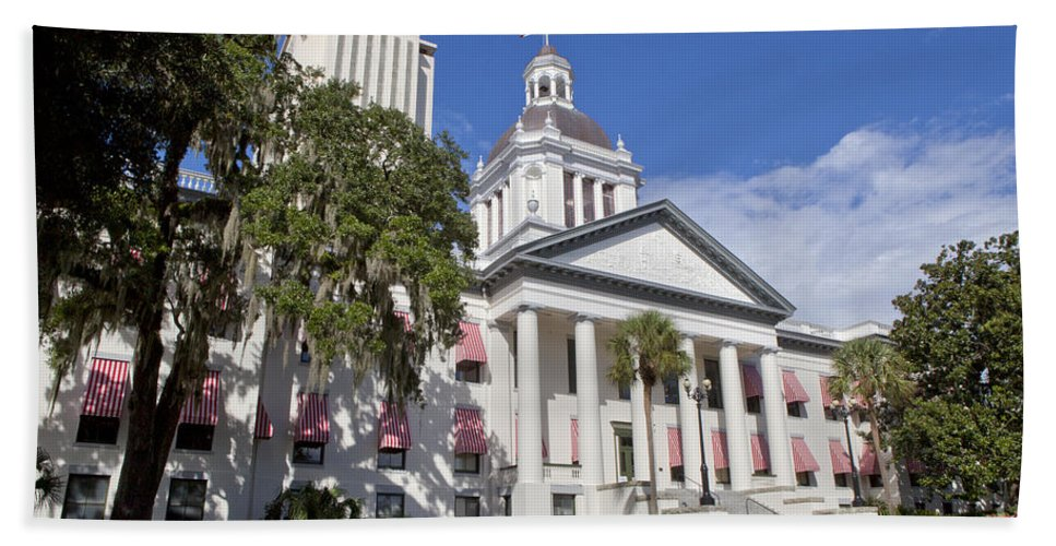 Florida Bath Sheet featuring the photograph Florida State Capitol Building by Anthony Totah