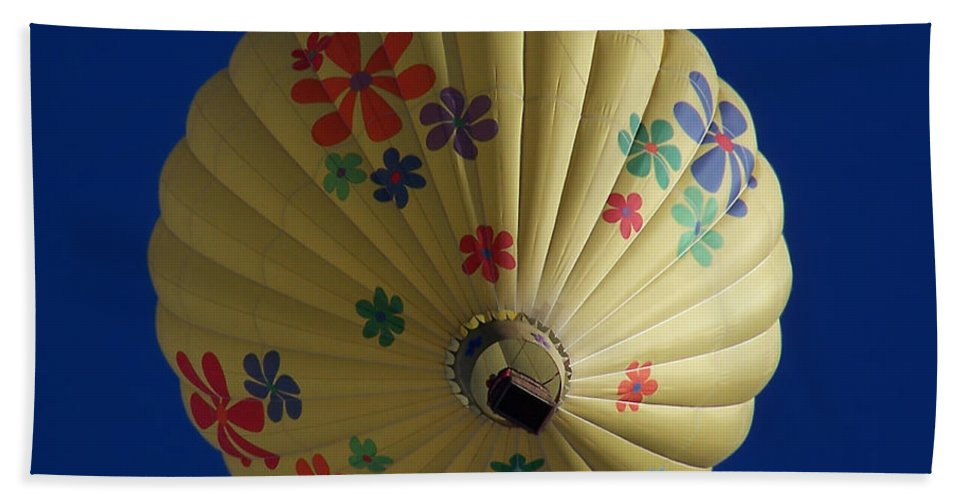 Balloon Hand Towel featuring the photograph Flower Power Balloon by Ernie Echols
