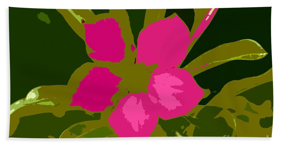 Flower Bath Towel featuring the photograph Flower Work Number 17 by David Lee Thompson