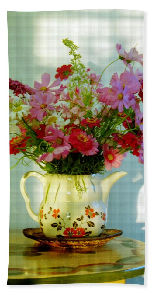 Flowers Hand Towel featuring the photograph Flowers In A Teapot by Patricia Greer