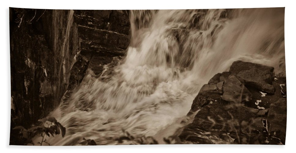 Water Bath Sheet featuring the photograph Flowing Force by DigiArt Diaries by Vicky B Fuller