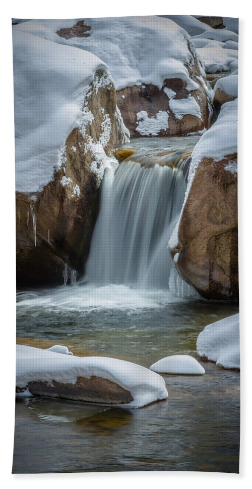 Waterfall Hand Towel featuring the photograph Flowing by Jon Williams