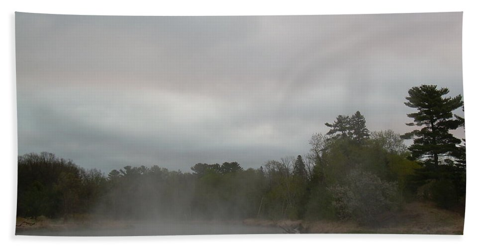 Mississippi River Hand Towel featuring the photograph Fog Floating On Mississippi River by Kent Lorentzen