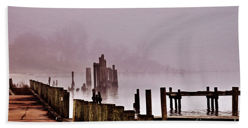 Clay Hand Towel featuring the photograph Foggy Morn by Clayton Bruster
