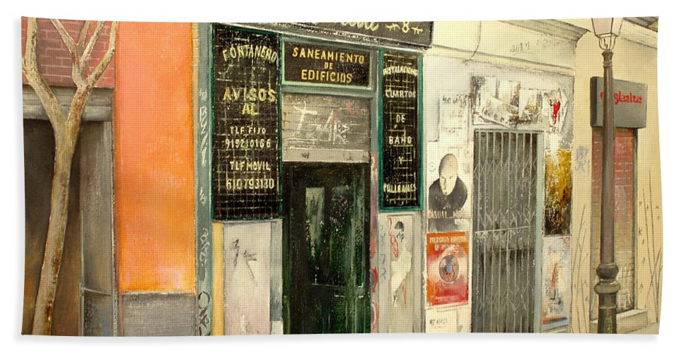 Streetscene Hand Towel featuring the painting Fontaneria E.garcia by Tomas Castano