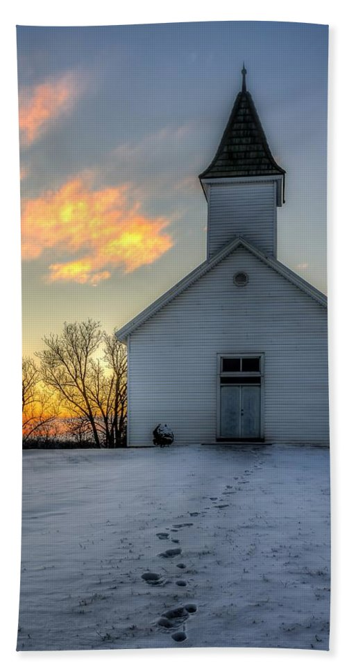 Church Hand Towel featuring the photograph Footprints In The Snow by Mark McDaniel