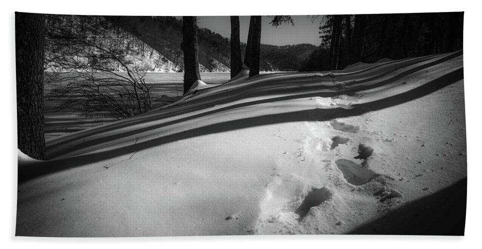 Landscape Bath Sheet featuring the photograph Footprints by Jim Love
