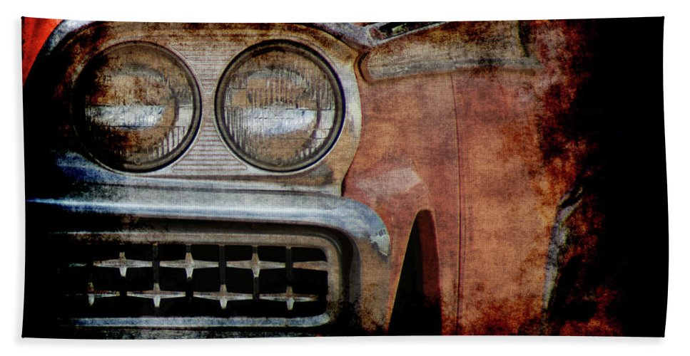 Fords Hand Towel featuring the photograph Ford by Ernie Echols