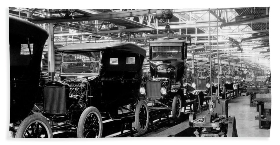 model t car assembly line