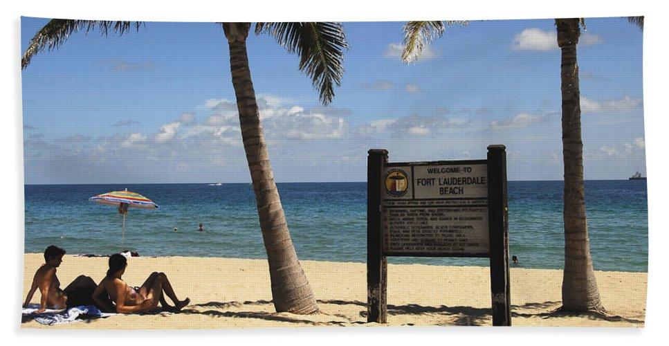 Fort Lauderdale Beach Florida Bath Sheet featuring the photograph Fort Lauderdale Beach by David Lee Thompson