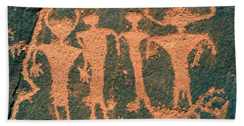 Petroglyphs Bath Sheet featuring the photograph Four Anasazi by David Lee Thompson