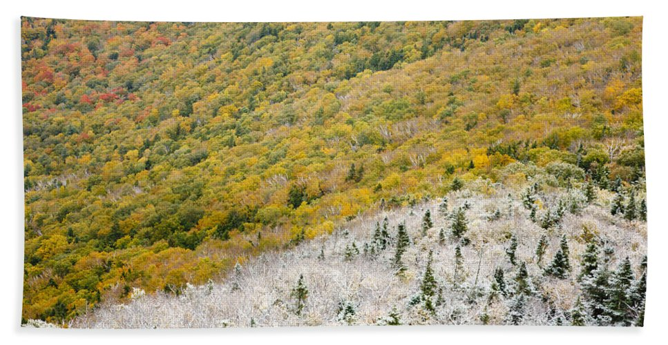 Franconia Notch Bath Sheet featuring the photograph Franconia Notch State Park - White Mountains Nh Usa Autumn by Erin Paul Donovan
