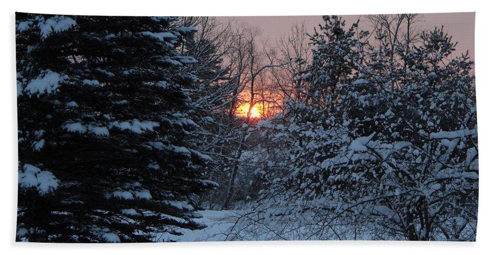 Winter Bath Sheet featuring the photograph Fresh Snow At Sunrise by Kent Lorentzen