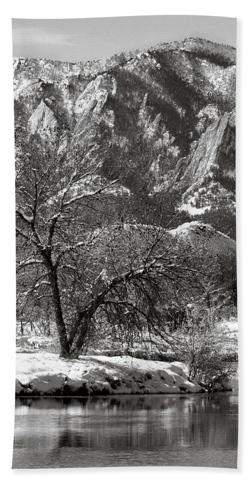 Colorado Bath Sheet featuring the photograph Frosty Flatirons 2 by Marilyn Hunt
