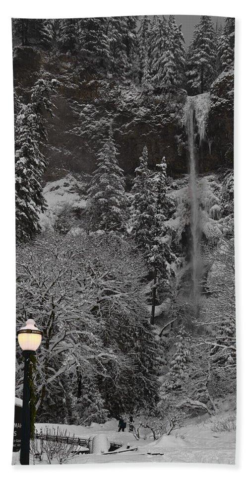 Frozen Dusk Bath Sheet featuring the photograph Frozen Dusk by Wes and Dotty Weber