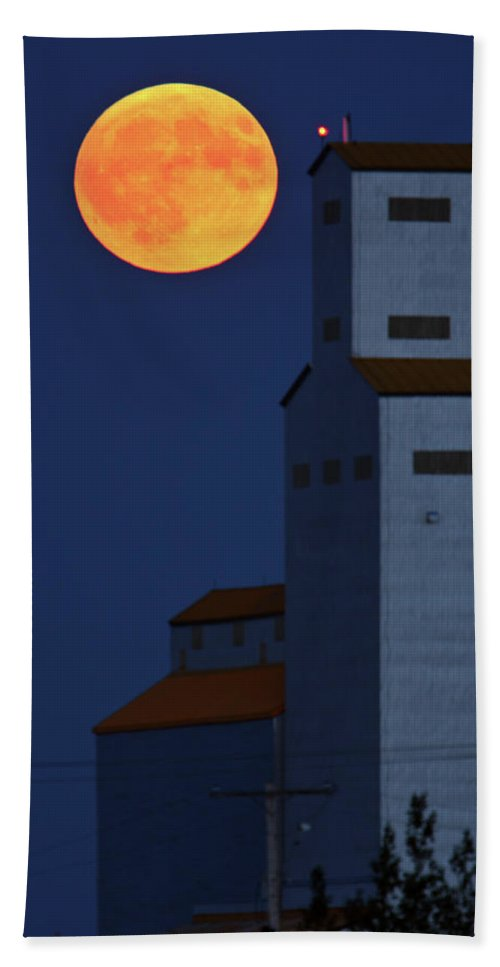 Full Moon Hand Towel featuring the digital art Full Moon Behind Tuxford Grain Elevator by Mark Duffy