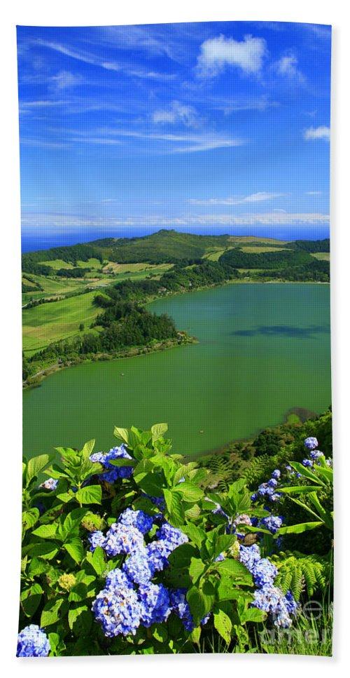 Azores Bath Towel featuring the photograph Furnas Lake by Gaspar Avila