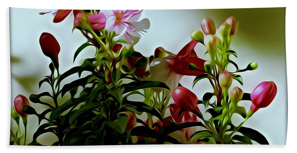 Flower Hand Towel featuring the photograph Fushia by Leslie Revels