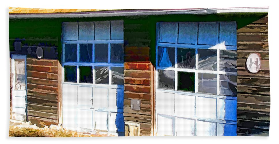 Antique Bath Sheet featuring the painting Garage 2 by Jeelan Clark