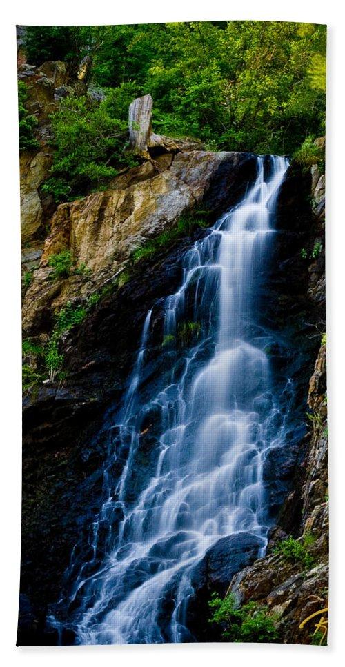 Flowing Hand Towel featuring the photograph Garden Creek Falls by Rikk Flohr
