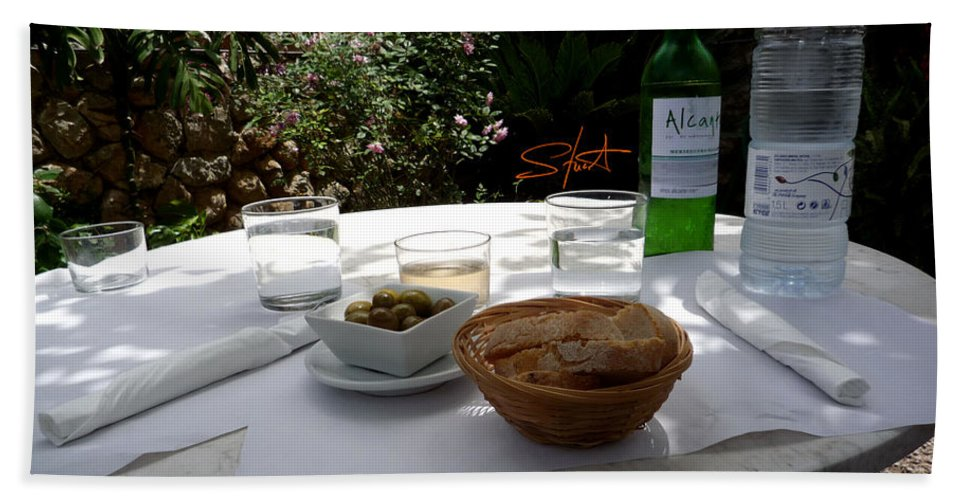 Lunch Bath Towel featuring the photograph Garden Lunch Mallorca by Charles Stuart