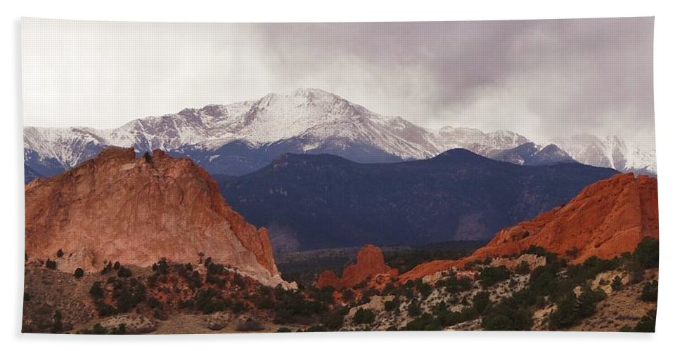 Garden Of The Gods Hand Towel featuring the photograph Garden Of The Gods by Dennis Nelson