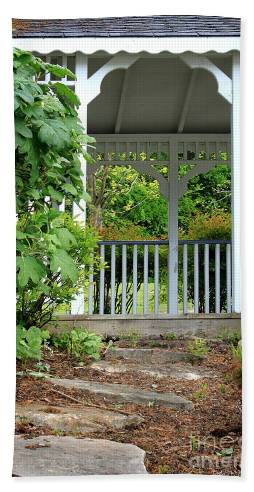 Landscape Hand Towel featuring the photograph Garden Path And Gazebo by Todd Blanchard