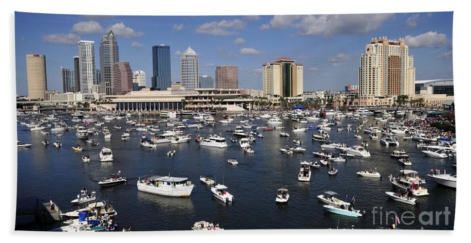 Gasparilla Pirate Festival Hand Towel featuring the photograph Gasparilla Armada by David Lee Thompson