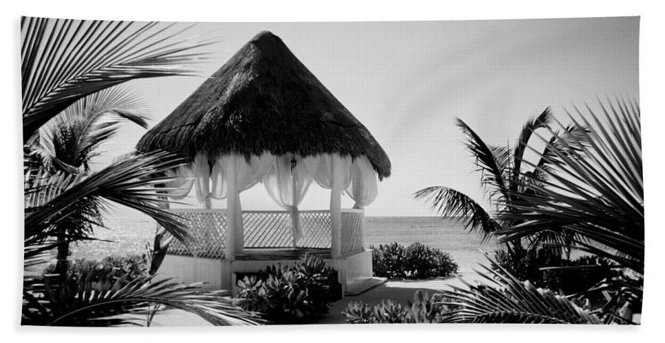 Gazebo Hand Towel featuring the photograph Gazebo On The Ocean by Anita Burgermeister