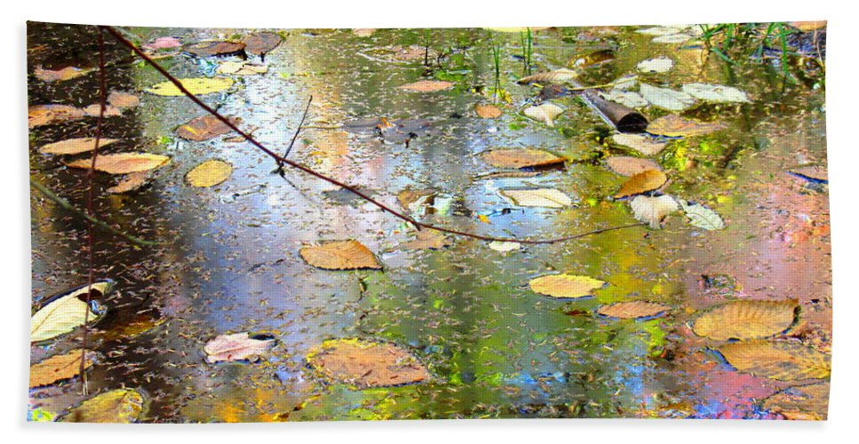Water Bath Sheet featuring the photograph Gentle Nature by Sybil Staples