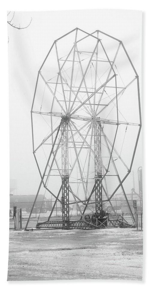 Ferris Wheel Bath Sheet featuring the photograph Ghost by Steve Lucas