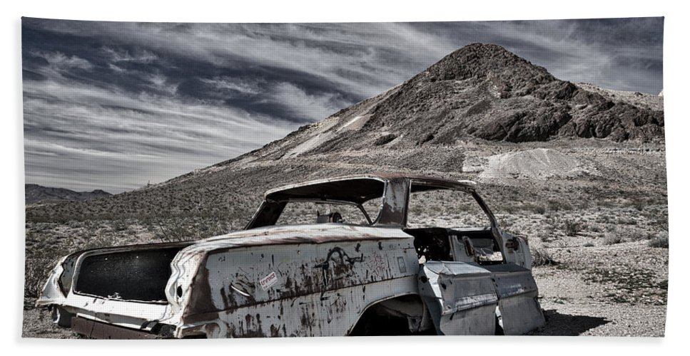Nevada Hand Towel featuring the photograph Ghost Town Junked Car by Stuart Litoff