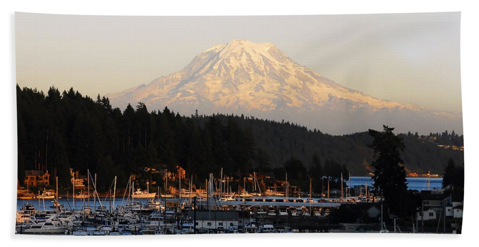 Gig Harbor Washington Bath Towel featuring the photograph Gig Harbor by David Lee Thompson