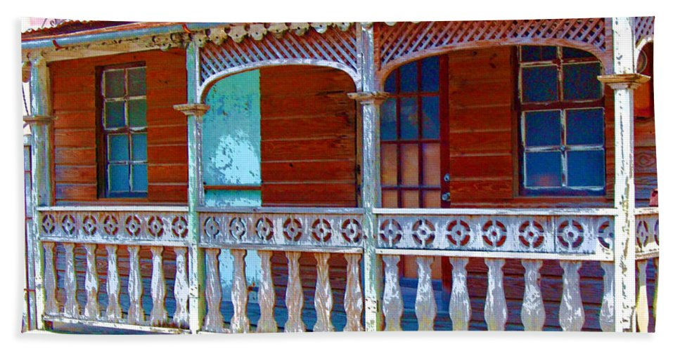 House Hand Towel featuring the photograph Gingerbread House by Debbi Granruth