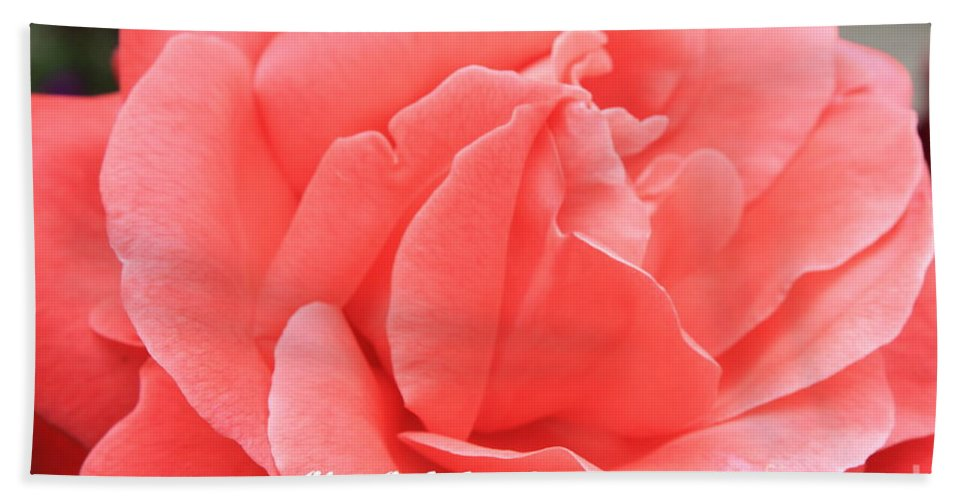 Rose Bath Towel featuring the photograph Give God The Glory by Carol Groenen