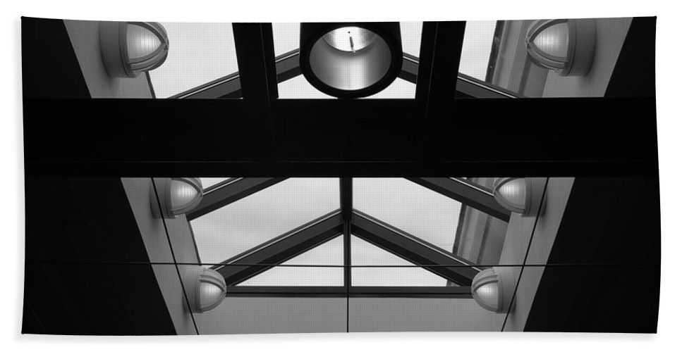 Black And White Bath Towel featuring the photograph Glass Sky Lights by Rob Hans
