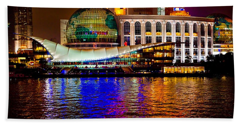 Bund Bath Sheet featuring the photograph Globes On The Bund At Night by James O Thompson