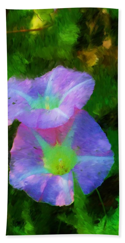Floral Bath Towel featuring the painting Gloria In The Shade by David Lane